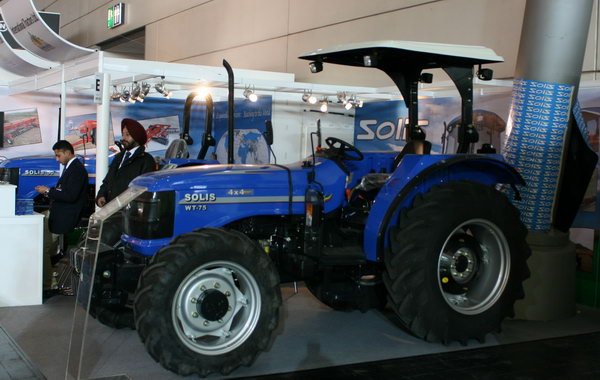 индийский трактор Solis