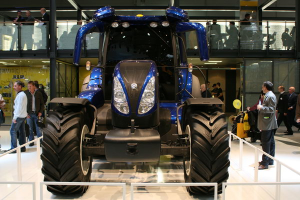 трактор New Holland NH2.140