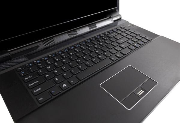 Ноутбук Maingear Titan 17 – недетская замена десктопу